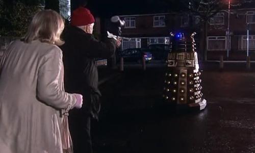 , Doctor Who, Staffel 4, Teil 3 – Überweisung zum Neurologen