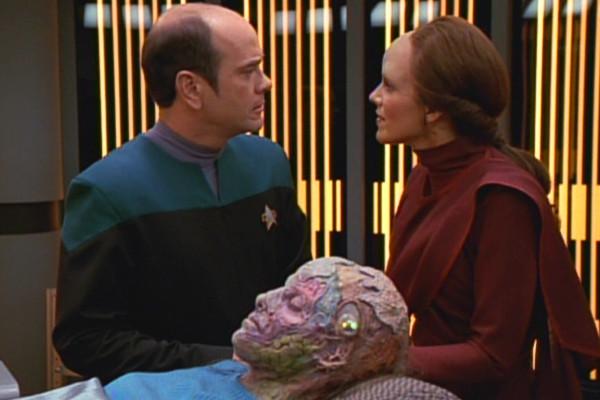 , Star Trek Voyager – Staffel 2, Teil 5: Im Schlafwagen durch den Deltaquadranten