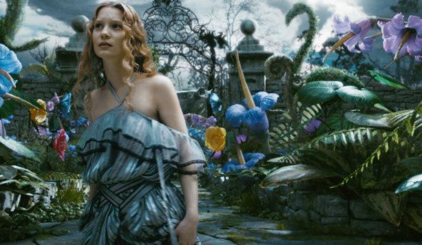""", """"Alice im Wunderland"""" – Das wundersamste Review des Landes"""