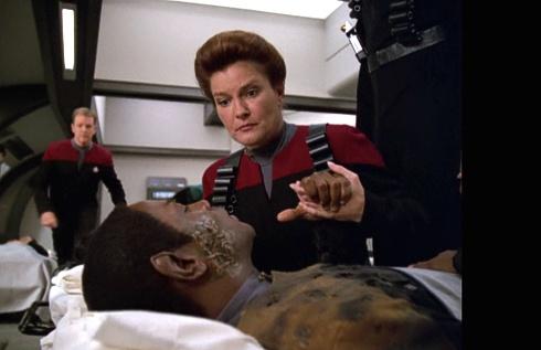 """, """"Raumschiff Voyager"""" Revisited – Episode 7.11 """"Zersplittert"""""""
