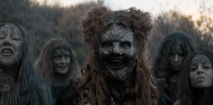 """, Doctor Who – 11.08 – """"The Witchfinders"""" – Kritik"""