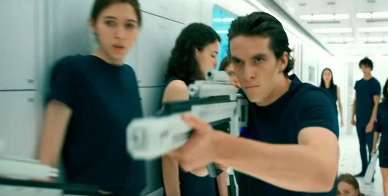 ", ""Voyagers"" – Poppen mit Janeway? Das Review."